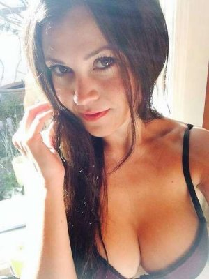 Laureine incall escorts Coon Rapids, MN